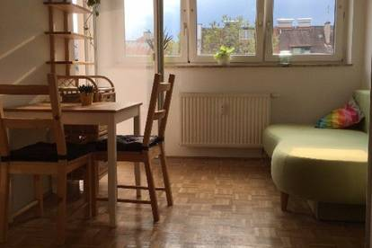 beautiful equipped room in big (100m²)apartment 12m²