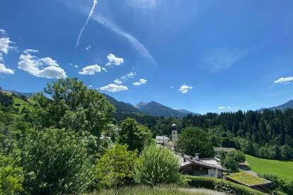 Charmantes Landhaus mit zwei getrennten Wohneinheiten in märchenhafter Aussichtslage von Aurach