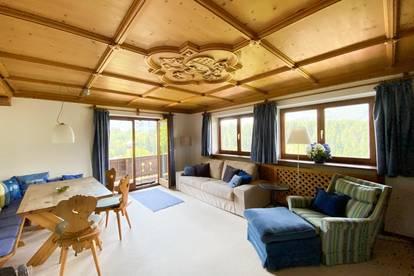 Bezaubernde Dachgeschoßwohnung mit spektakulärem Ausblick auf Aurach