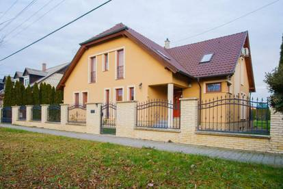 Haus in Ungarn - Mosonmagyaróvár - 90 km von Wien