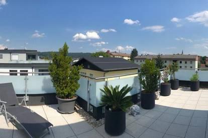 Moderne Neubauwohnung mit 70 m² Dachterrasse