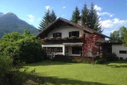 Haus mit Charme und Garten an der Sonnenseite der Zugspitze (nur 4 km zur Zugspitzbahn)