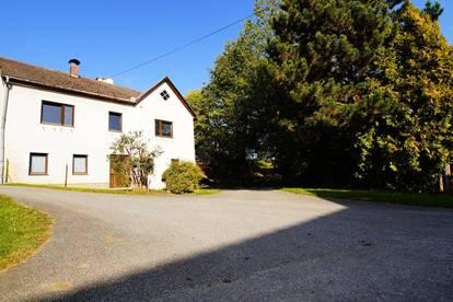 Zweigeschoßiges Einfamilienhaus (Walterschlag 5) ca. 166m² Wohnfläche mit zusätzl. 216m² Lagerraum und 89m² Garage, Grundstücksfläche: 1363m²