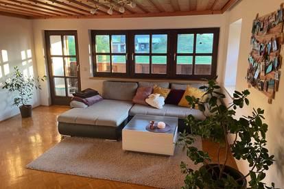 Gepflegte Wohnung in Ebenau mit Parkplatz und Balkon