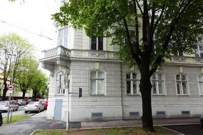 91 m2 Wohnung im Halb-geschoß; Krems Zentrum; ideal as WG