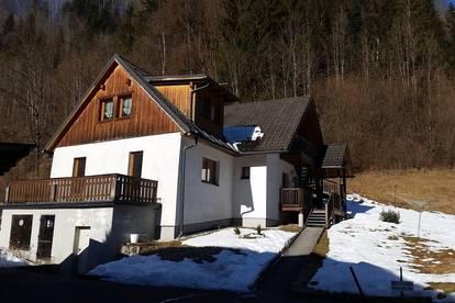 Dreifamilienwohnhaus in Weißenbach an der Enns bei St. Gallen