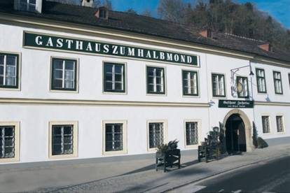 Gasthaus zum Halbmond in Waidhofen an der Ybbs zu pachten - optionale Zusatzpacht für multifunktionalen Veranstaltungsraum