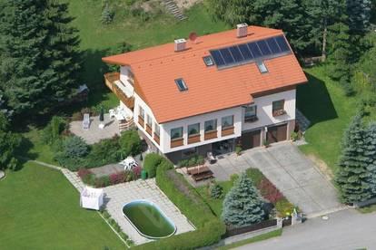 Wohnhaus mit Ferienwohnungen im Luftkurort Litschau am Herrensee