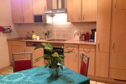 (Teil-)möblierte Wohnung für 2er-WG (ab Juli) FLAT / ROOMS FOR RENT