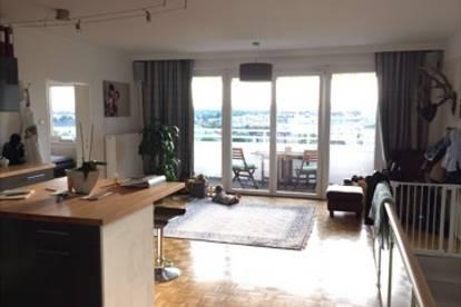 Wunderschöne, helle Wohnung mit Balkon