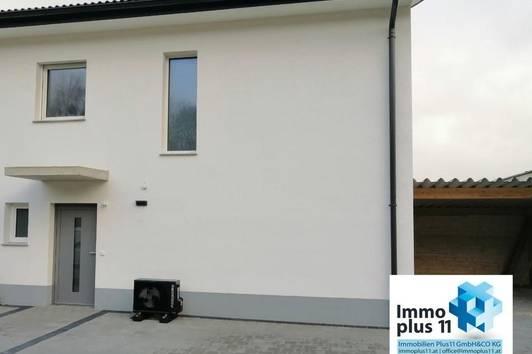 Erstbezug - Miethaus mit Luftwärmepumpe, Terrasse, Garten und Carport