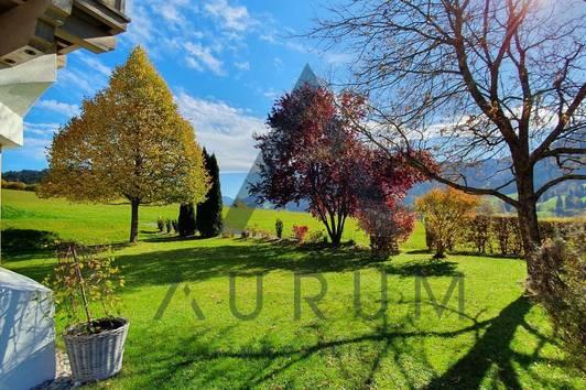 Haus in Bestlage mit Panoramablick und großem Garten