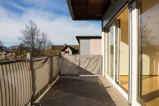 2 - Zimmer Dachgeschosswohnung in hervorragender Lage mit toller Aussicht zu verkaufen