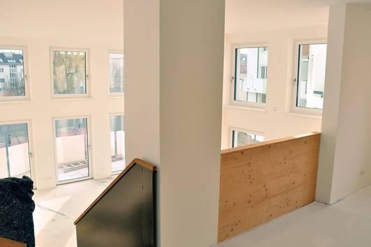 8217 - loftartige Galeriewohnung mit bis zu 4,30 m Raumhöhe!