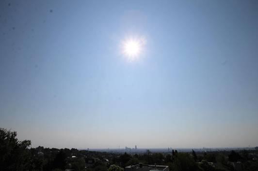 + Sievering + Gartenvilla in absoluter Ruhelage 42 m² Dachterrasse mit perfektem 360° Blick über Wien ++ 66 m² sehr heller Lichtschacht Wohnkeller