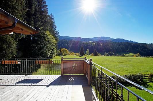 Tiroler Alpenstil Wohnung mit Weitblick ( 2018-02313 )