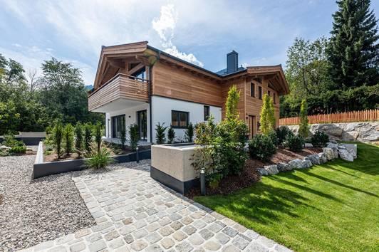 Neubau-Gartenwohnung in Zentrumsnähe ( 02741 )