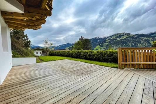 Wohnung mit Panoramablick und Freizeitwohnsitz ( 04053 )