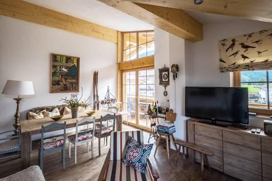 Helle DG-Wohnung in Aschau ( 800523 )