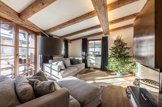 Dachgeschosswohnung im Herzen Kirchbergs ( 03909 )