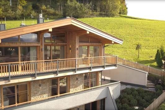Neubauvilla in Paradelage Ski-In / Ski-Out