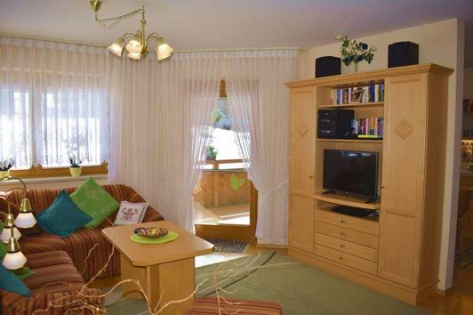 Sonnige 3-4 Zimmerwohnung in Ellmau