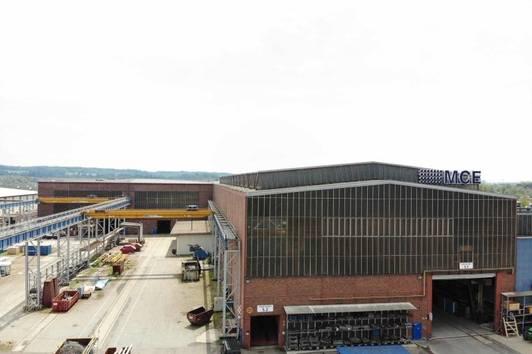Attraktive Hallenflächen mit Büro und Freiflächen in Linz zu vemieten