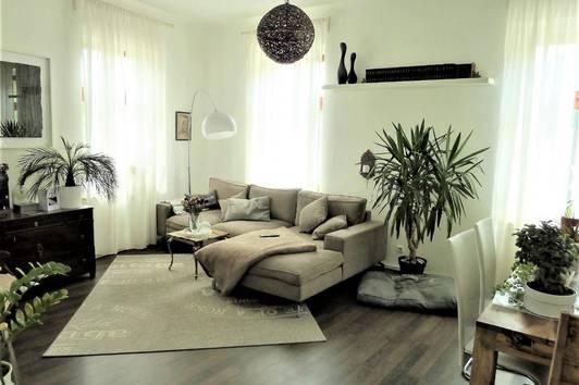 Raumwunder! Schöne 5 Zimmer-Maisonettewohnung mit Balkon