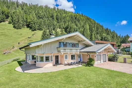 Charmantes Landhaus in idyllischer Lage