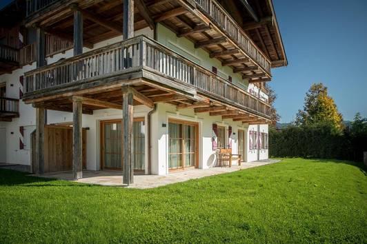 Sonniges Apartment mit prachtvollem Garten in ruhiger Lage in Kirchberg
