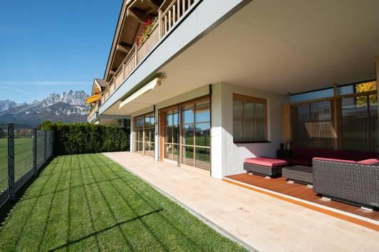 Hochwertige Garten Wohnung in sonniger Aussichtslage