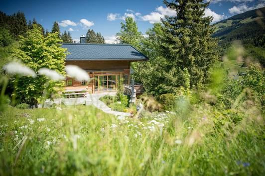 Alpines Chalet mit Freizeitwohnsitz in Alleinlage von Jochberg