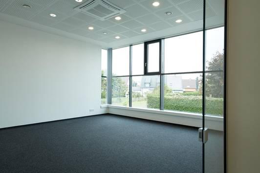 Moderne helle Bürofläche in exklusivem Business Center-PROVISIONSFREI!