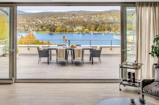 Luxuriöses Penthouse mit direktem Seezugang in Velden am Wörthersee