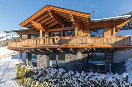 Exklusive Landhausvilla nahe Kitzbühel mit traumhaftem Kaiser-Blick!