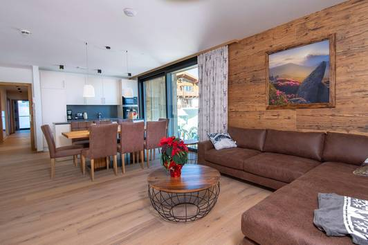 SKI IN / SKI OUT Exklusives Apartment in der Zillertal Arena