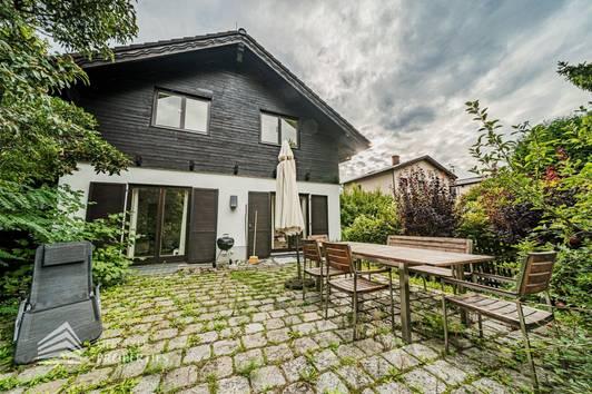 Gemütliches Einfamilienhaus mit Pool in Döblinger Toplage, Nähe Raimund Zoder Park