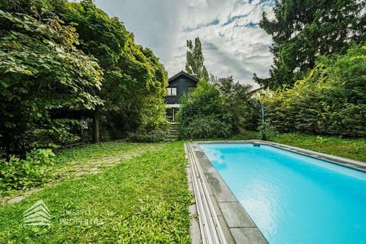 Traumhaftes Einfamilienhaus mit Pool in Döblinger Toplage, Nähe Raimund Zoder Park