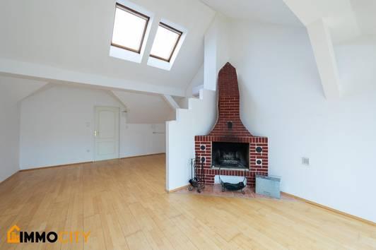 Exklusive, perfekt aufgeteilte 4 Zimmer Dachgeschoß-Wohnung + Balkon und Terrasse, im 22. Bezirk