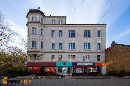 Leben braucht Rauminhalt, Charmanter Alt-Wiener Stil in bester Lage 13. Bezirk Wien Hietzing