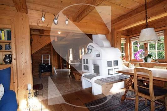 Wunderschönes, historisches Bauernhaus auf idyllischem Grundstück nahe Kitzbühel mit Genehmigung zur Erweiterung