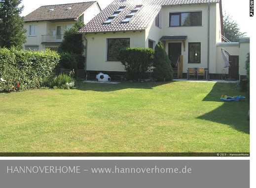Kirchrode- Topsaniertes Wohnhaus mit großem Garten in ruhiger Wohnlage lädt zu stilvollem Wohnen ein
