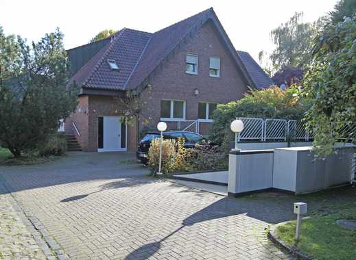 Freistehendes 1-2-Familienhaus mit Tiefgarage+ Schwimmbad auf parkähnlichem Grundstück in Villenlage