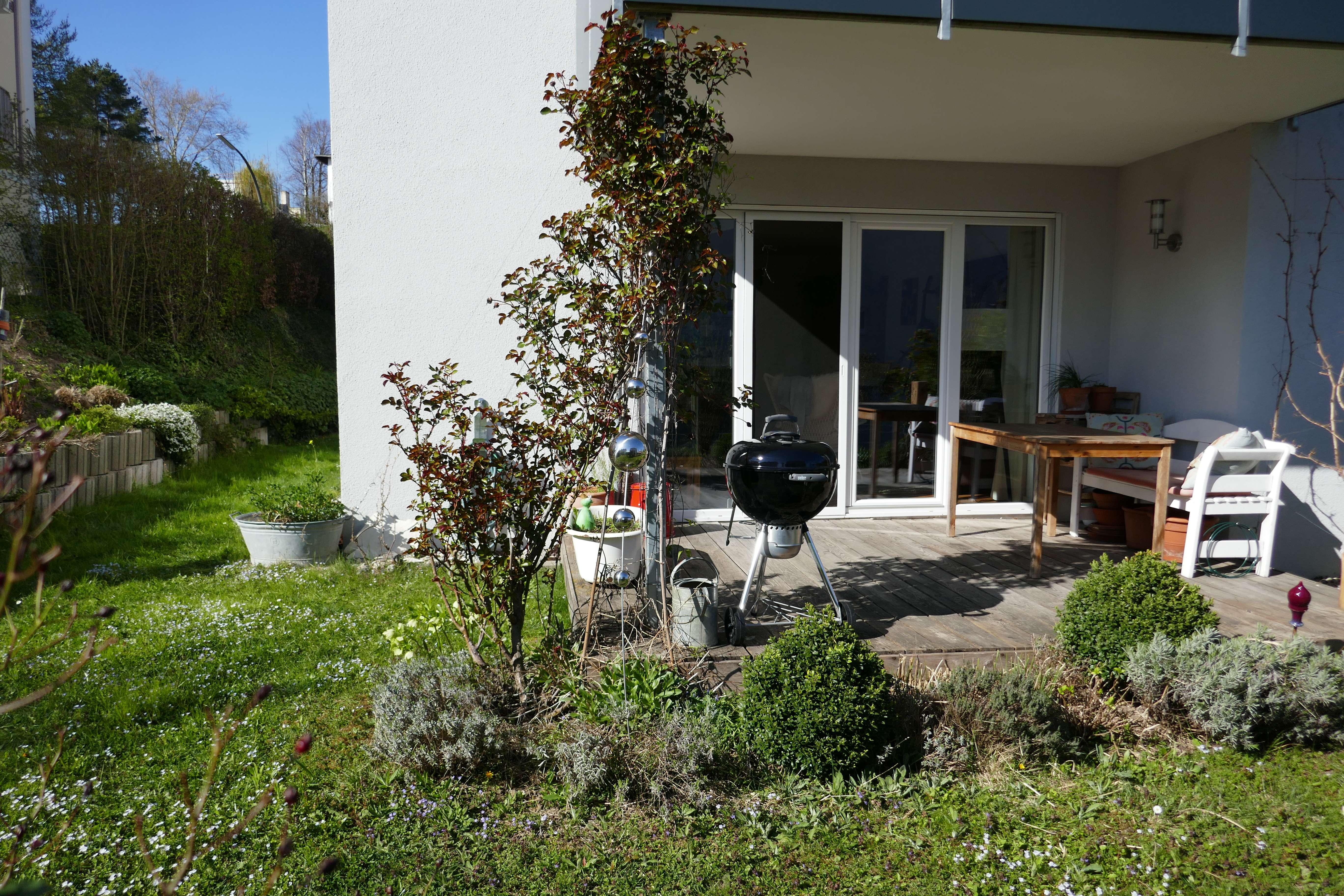 Helle 2-Zimmer-Wohnung mit Terrasse, Garten und Einbauküche in Traunstein in Traunstein
