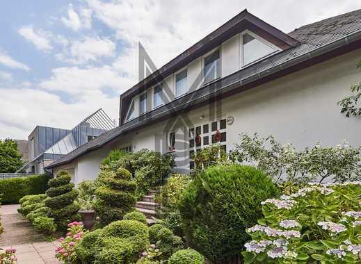 Traumhafte Lage - Großzügiges Einfamilienhaus auf sonnigem Grundstück