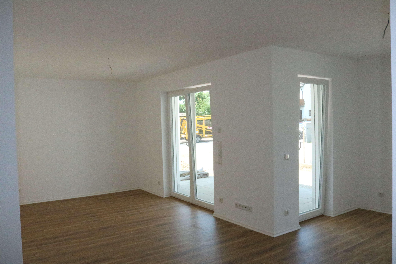 Neubau in bester Lage: Hochwertige 3 ZKB Erdgeschosswohnung IN/Friedrichshofen