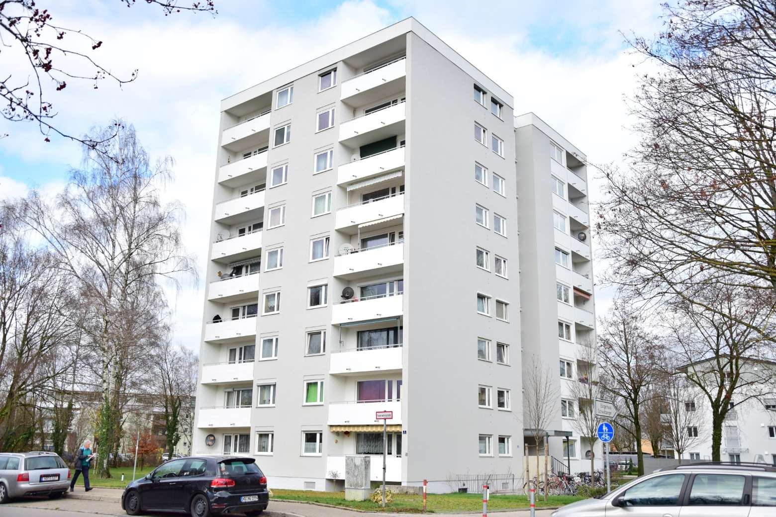 *** Frühestens ab 01.05.2020 *** Klasse 2-Zimmer Etagenwohnung im 2. Stock mitten in Neuburg in