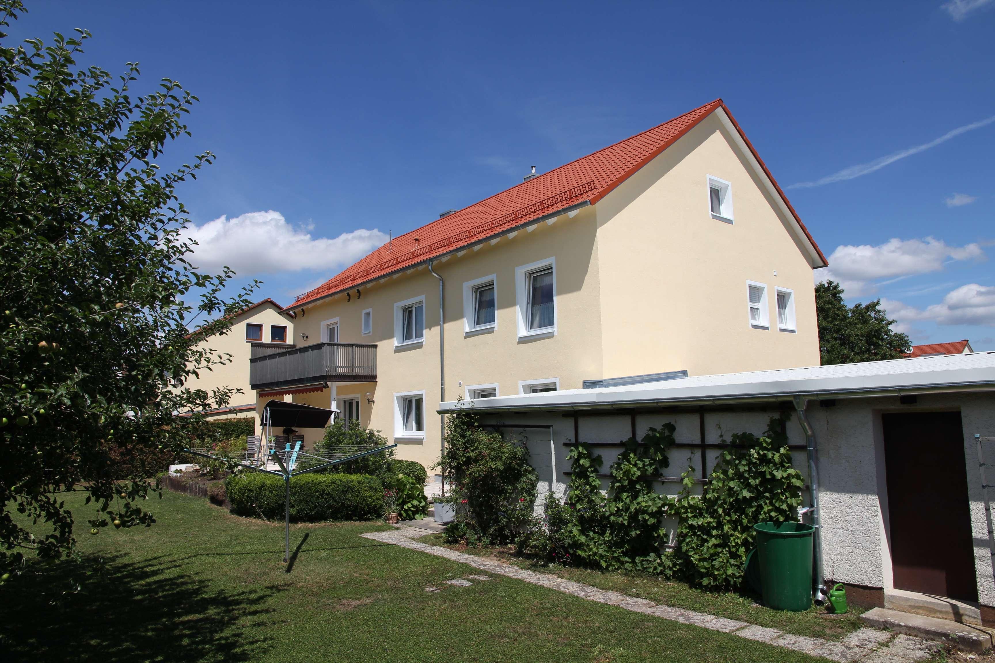 Sonnige, provisionsfreie 1 ½ Zimmerwohnung in Niedertraubling, Nähe Regensburg in