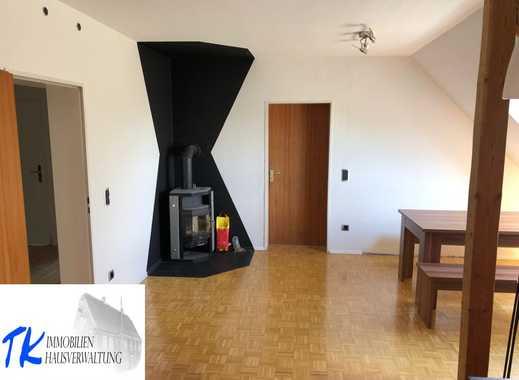 """Große Dachgeschosswohnung im gepflegten 4 Familienhaus in """"Höhenlage"""""""