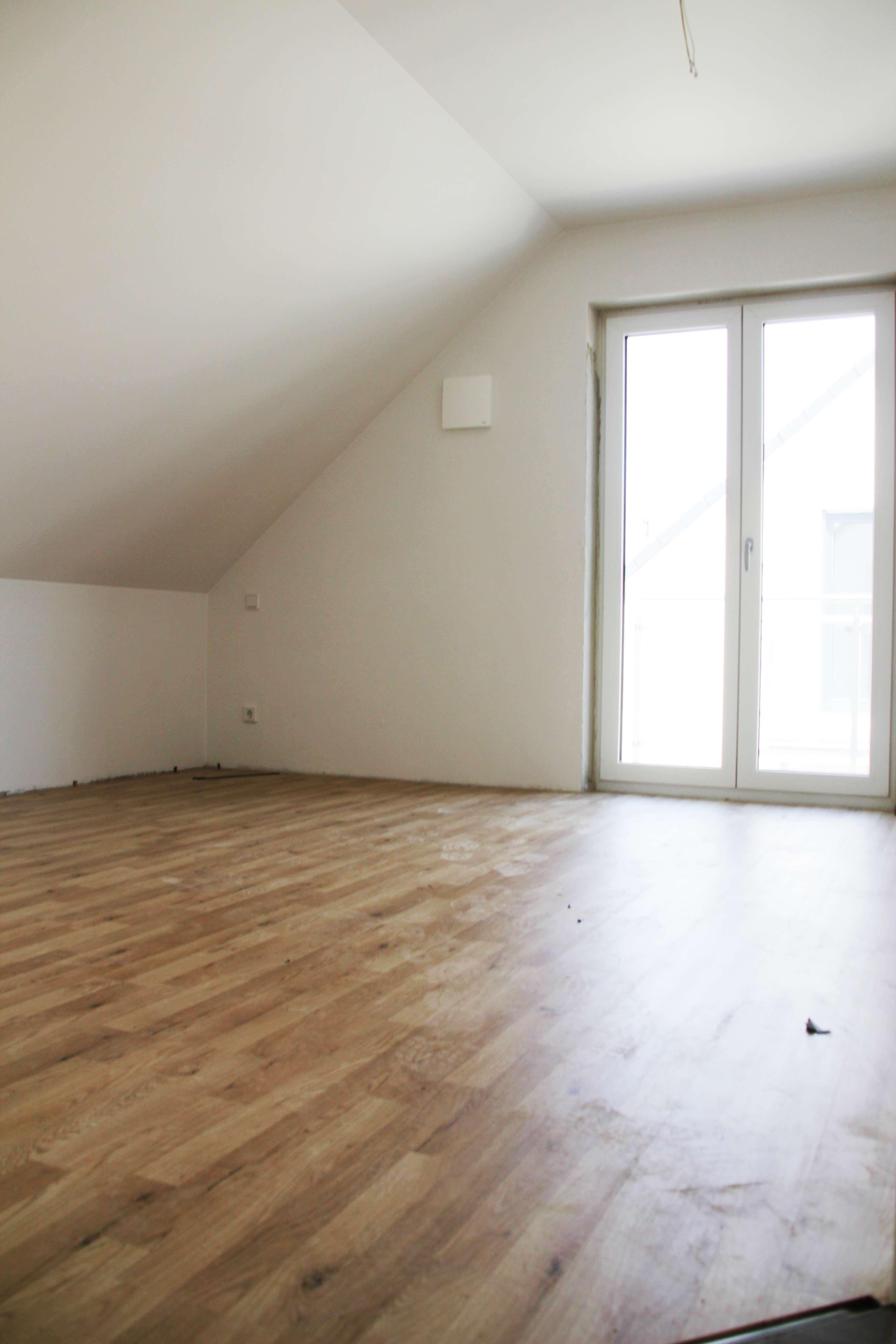 ** Moderne KFW55 DG-Wohnung in Manching